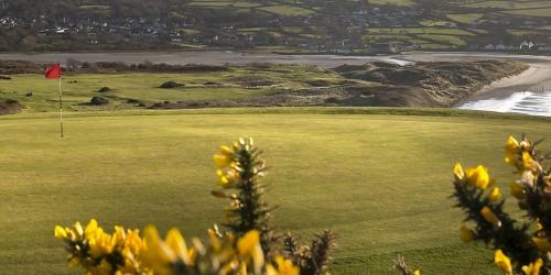 Newport Links Golf Club & Resort